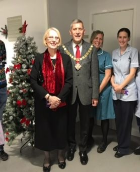 Mayor visits at Christmas